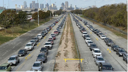 Dallas car line for food